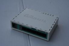 MikroTik Gebrauchtgerät RB750